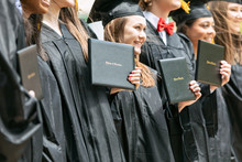 Grad: Group Of Graduate Friend...
