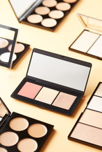 Palettes Of Contouring Product...