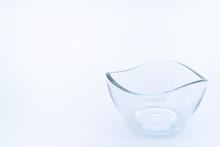 透明な小皿