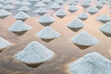 Sea Salt Pile Pyramid Ready Fo...