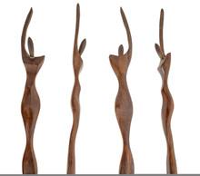 Petites Statuettes En Bois
