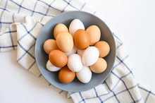 Chicken Eggs White And Brown C...