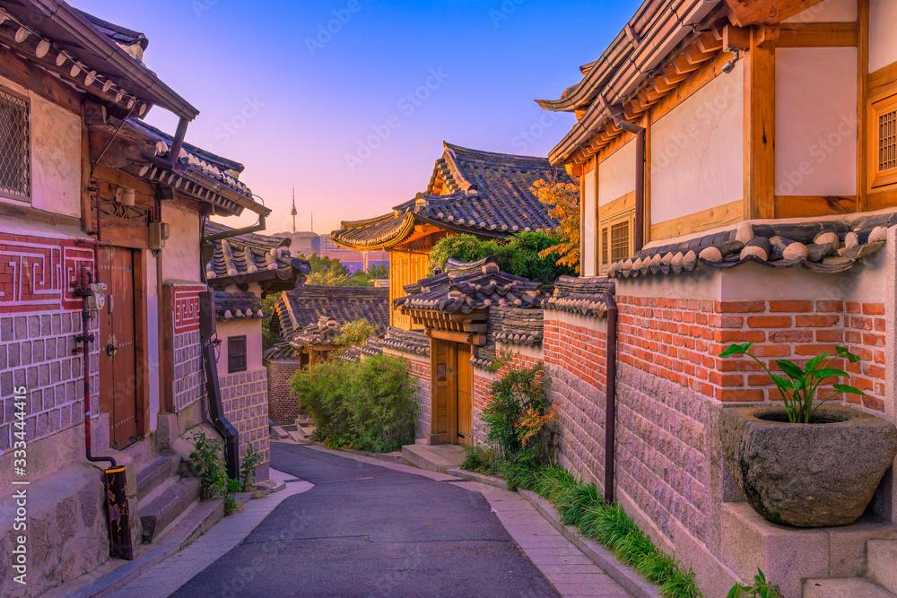 Fototapeta Bukchon Hanok Village in Seoul, South Korea.