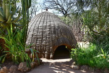 Mantenga Cultural Village In S...