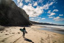 Surfing San Diego Blacks Beach Waves In California