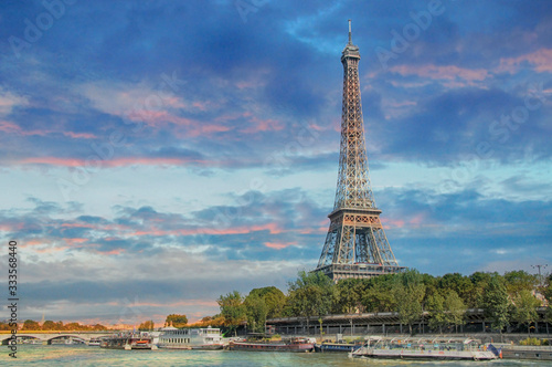 Fototapety, obrazy: PARIS, FRANCE - September 13, 2016: Eiffel Tower with boats on Seine river in Paris