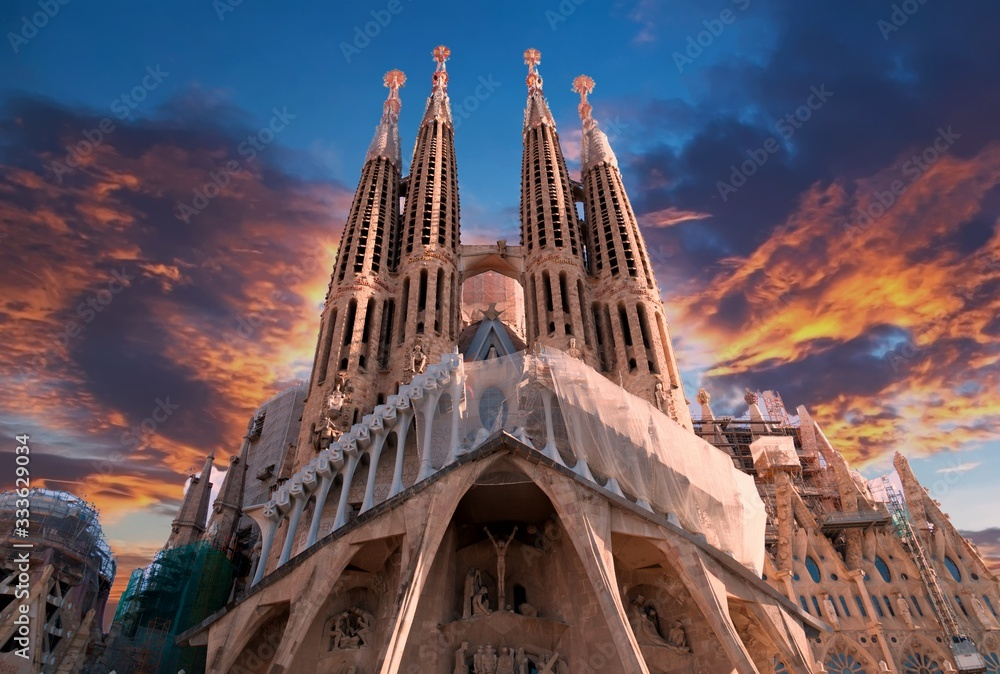Fototapeta Sagrada Familia in Barcelona, Spain
