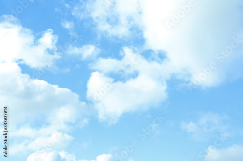 Fototapeta chmury   picturesque-view-of-beautiful-blue-sky-with-fluffy-white-clouds