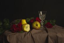 Martwa Natura, Kieliszek, Szkło, Owoce, Jabłka, Róże