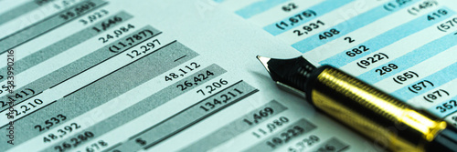 Photo Financial business planning, Balance the investment portfolio.