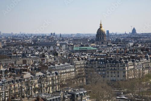 Panorama di Parigi dalla torre Eiffel con la cupola dorata della cattedrale di S Tableau sur Toile