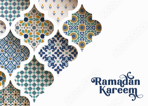 Tableau sur Toile Close-up of colorful ornamental arabic tiles, patterns through white mosque window
