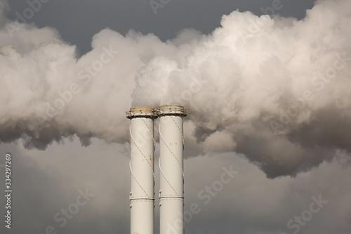 Smoking power plant chimney closeup Fototapet
