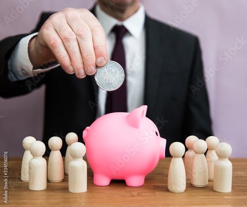 Fotografiet A business concept of profit, wealth and salary for employees as an employer con