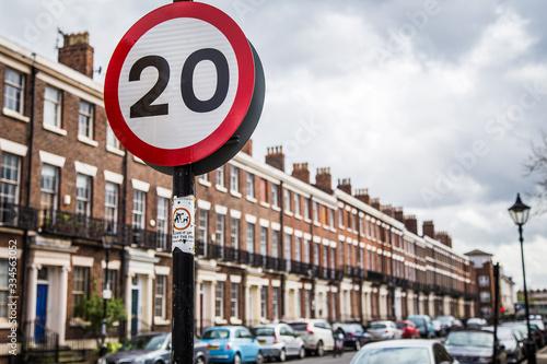 Fotografía Speed limit sign in Georgian Quarter