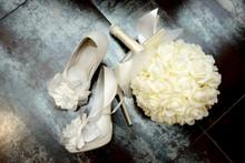 White Decorated Bridesmaid Sho...
