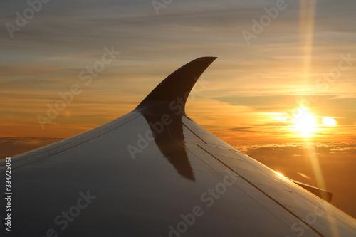 Photo Sonnenaufgang über den Wolken