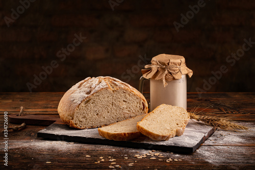 Slika na platnu Homemade sourdough bread