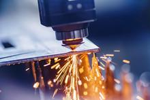 CNC Laser Machine Cutting Shee...
