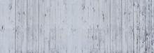 Panorama Hintergrund - Detail Einer Hellgrau Gestrichenen, Zum Teil Stark Verwitterten Holzwand