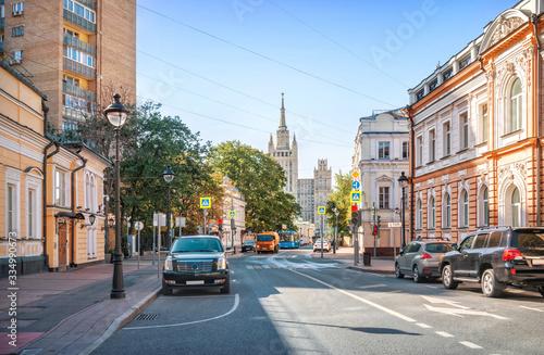 Fototapeta Вид на высотку с Б.Никитской улицы View of the skyscraper from Bolshaya Nikitskaya Street obraz na płótnie