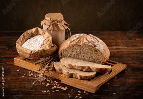 Billede på lærred Rustic loaf of bread