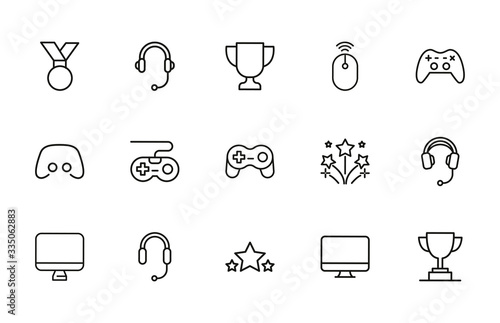 Simple set of gaming icons in trendy line style. Tablou Canvas