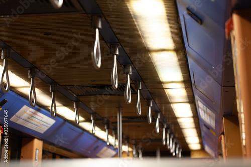 Fotografía Interior do metro de portugal com iluminação mais fraca