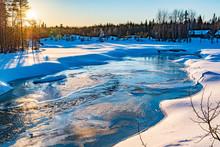 Paysage Enneige De Laponie