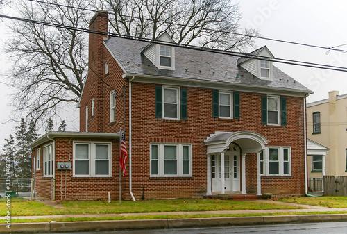 Valokuvatapetti Typical Pennsylvanian house in Lancaster, Pennsylvania in the USA