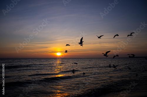 zachód słońca w Helu