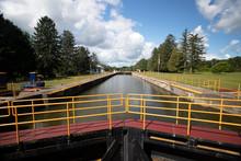 Erie Canal Palmra New York Loc...
