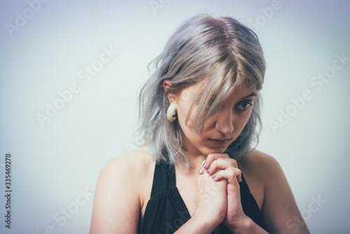 Prayer. Female. Canvas-taulu