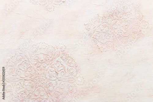 background of white wooden vintage wall with floral emboss details Fototapet