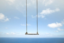 Swing Without Anyone Flies Fre...