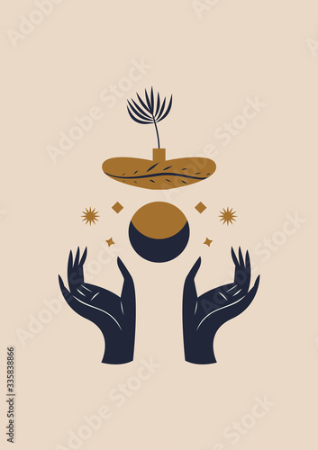 Photo Hands holding Moon and potted plant