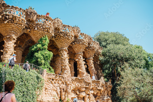 Fotomural Caves and colonnades in Parc Guell Barcelona