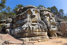 Devil's Heads, Monument Sandst...