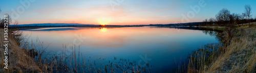 Obraz Panorama lake view in sunrise time /Sunrise at the lake - fototapety do salonu