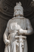 Federico II Of Svevia, Statues At The Entrance Of Royal Palace In Naples, King Of Sicily Since 1198, Sculpted By Emanuele Caggiano 1877