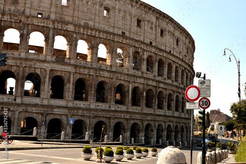 View of the Colosseum without tourists due to the lockdown Tapéta, Fotótapéta
