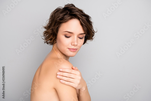 Obraz na plátne Portrait of minded pretty girl touch hand shoulders look enjoy her ideal fresh p