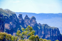 The Three Sisters Is The Blue Mountains' Most Spectacular Landmark. Located At Echo Point Katoomba, Around 2.5 Kilometres From The Great Western Highway, Essentially An Unusual Rock Formation