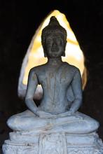Buddha Statue In Temple In Lua...