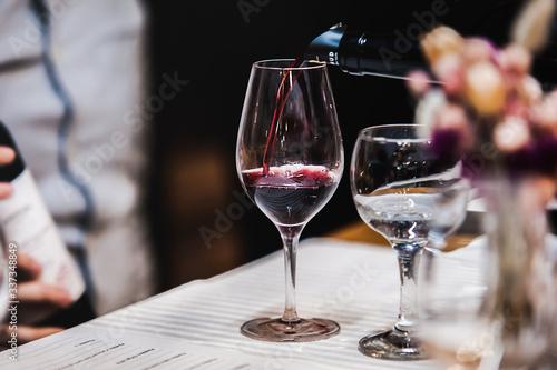 Fotografía alcool drinks, diferent wine, wine tasting