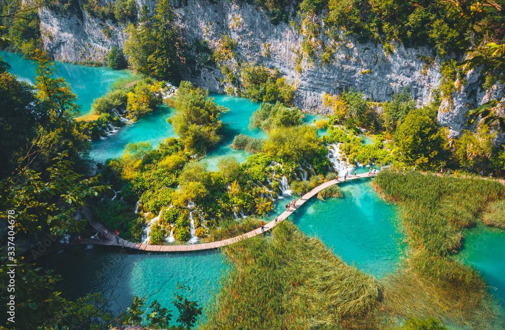 Fototapeta Peaceful view on paradise waterfalls of Plitvice Lakes National Park. Croatian famous resort.