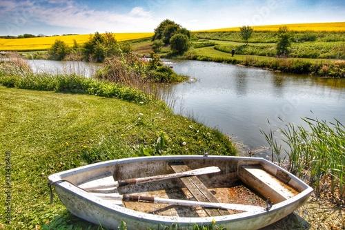 Fototapety, obrazy: Boat In Lake Against Sky
