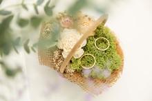Wedding Rings On A Wedding Bou...