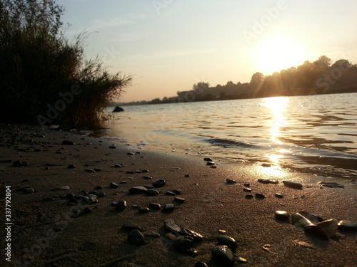 Brzeg rzeki Wisły - fototapety na wymiar