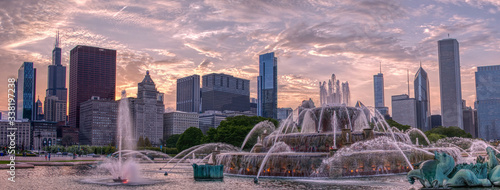 Downtown Chicago Skyline at Sunset in early Summer Fototapeta